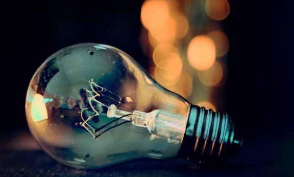 Żarówki i barwa światła – oświetlenie bez tajemnic