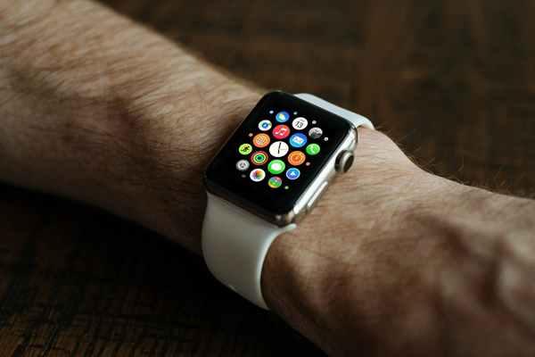 Dlaczego warto zainwestować w Apple Watch?